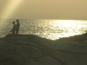 the-sunlight-of-benteng-portugis-beach